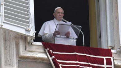 Photo of Papa Francisco pide que la vacuna contra el COVID-19 que sea «universal y para todos»