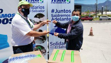 Photo of Donan 20 mil pares de sobreguantes de protección para unidades de transporte colectivo