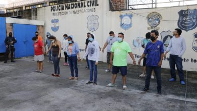 Photo of Giran 24 órdenes de captura contra red de extorsionistas en San Salvador y La Libertad