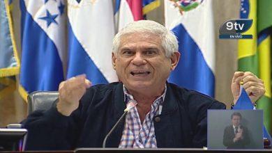 """Photo of Rodolfo Parker, que recibía dinero de Funes, pide al pueblo salvadoreño manifestarse contra """"la tiranía"""" el 9F"""