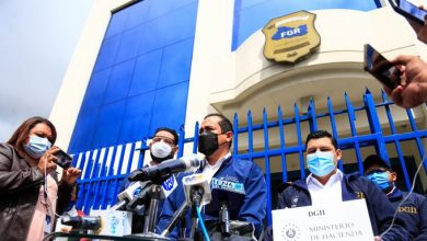 Photo of Hacienda presenta tres avisos en la FGR por posible evasión fiscal de $900 mil