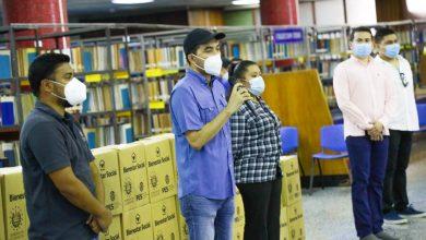 Photo of Bibliotecarios de todo el país reciben paquetes alimentarios