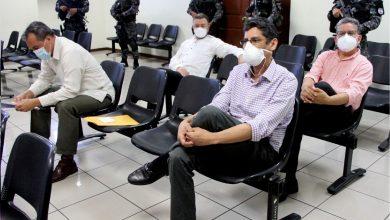 Photo of Instalan audiencia contra Gustavo López Davidson, David Munguía Payes y Atilio Benítez por supuestamente estafar a la Fuerza Armada
