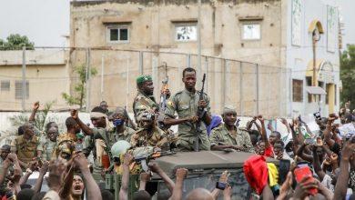 Photo of Golpe de Estado provoca caída de presidente de Malí y varios funcionarios