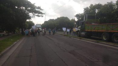 Photo of Protestan en carretera de Oro por falta de agua potable
