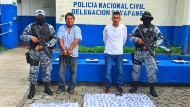 Photo of Capturan a 'gatillero' con 275 porciones de marihuana en Soyapango