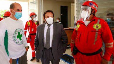 Photo of Félix Ulloa entrega equipos de bioseguridad a instituciones de socorro que enfrentan el Covid-19
