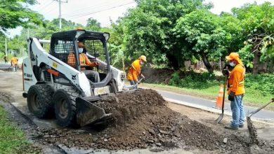 Photo of FOVIAL ejecuta obras para restaurar la red vial en el país