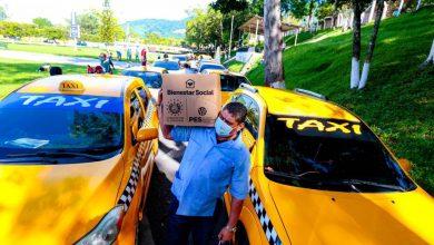 Photo of Taxistas de San Salvador y Santa Tecla afectados económicamente por el Covid-19 recibieron ayuda alimentaria