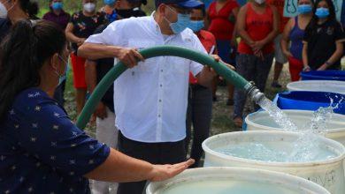 Photo of ANDA abastece de agua potable a habitantes de residencial Altavista y Cimas de San Bartolo, en Tonacatepeque