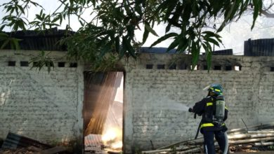 Photo of Extinguen incendio en bodegas con abono y herbicidas en San Pedro Masahuat