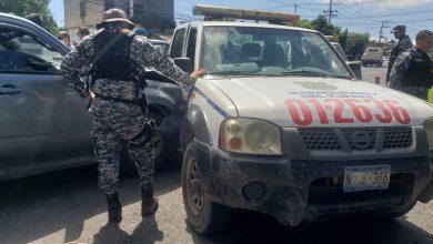 Photo of Accidente entre patrulla y camioneta deja dos lesionados en carretera de Oro