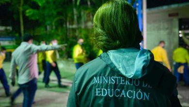 Photo of Educación reparte más de 315 paquetes alimentarios a alumnos de zonas de alta incidencia de pobreza
