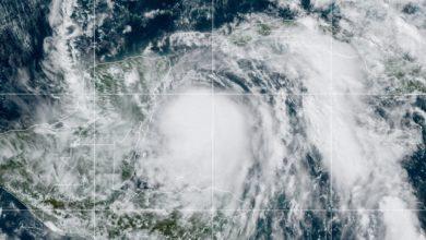 Photo of Tormenta tropical Zeta se convierte en huracán y avanza hacia Yucatán