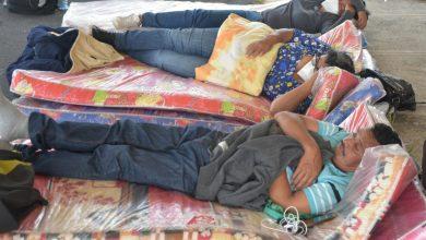 "Photo of Fiscal Raúl Melara se mofa de trabajadores de Astram por estar en ""huelga de hambre"""